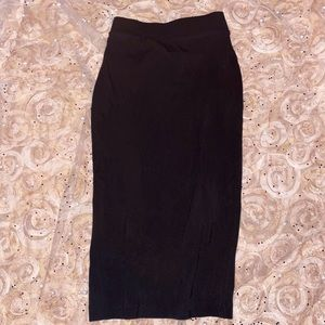 Hugh waisted, Fitted stretchy midi pencil skirt